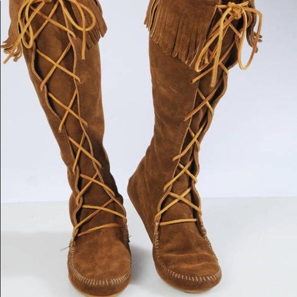 Minnetonka Shoes - Minnetonka Suede Lace-up Boots, Size 9
